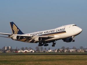 singapore airlines cargo taking off