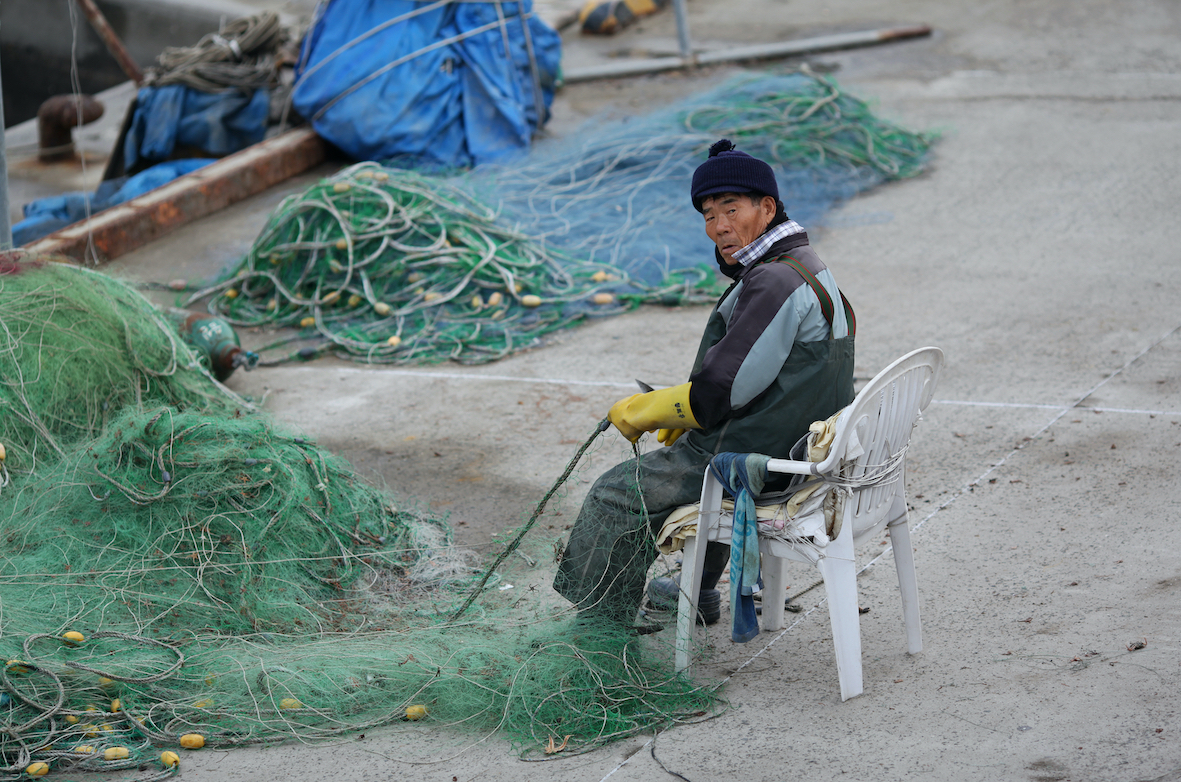 China's illegal fishing causes hardship for South Korea
