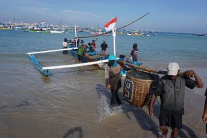 Indonesia goes extra mile to protect livelihoods of local fishery