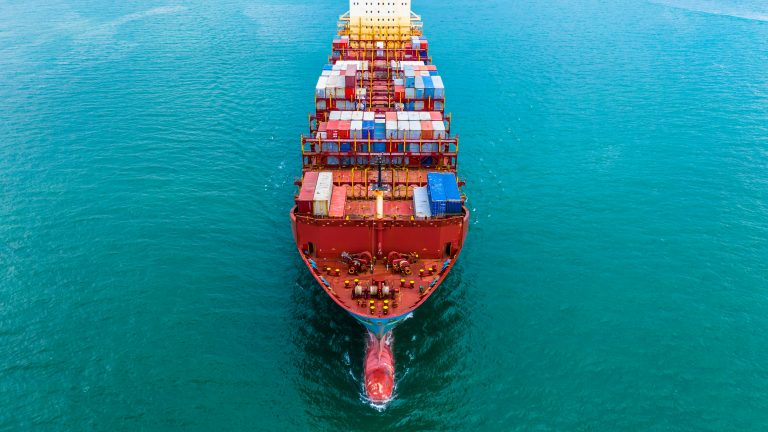 Piracy at lowest level in 27 years but risks remain to seafarers, IMB cautions