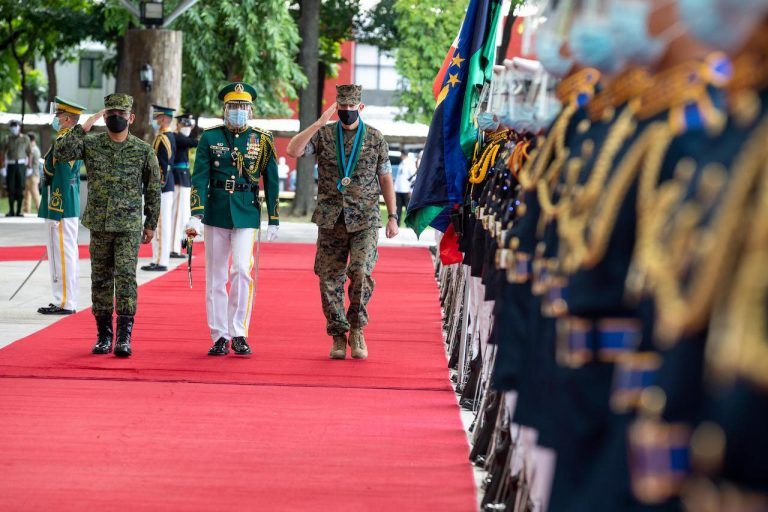 U.S. Marine Corps Commandant visits the Philippines